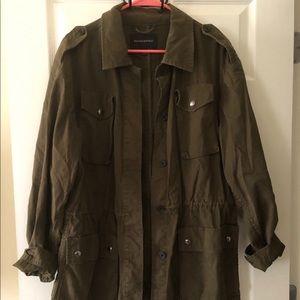 Green military jacket 💚